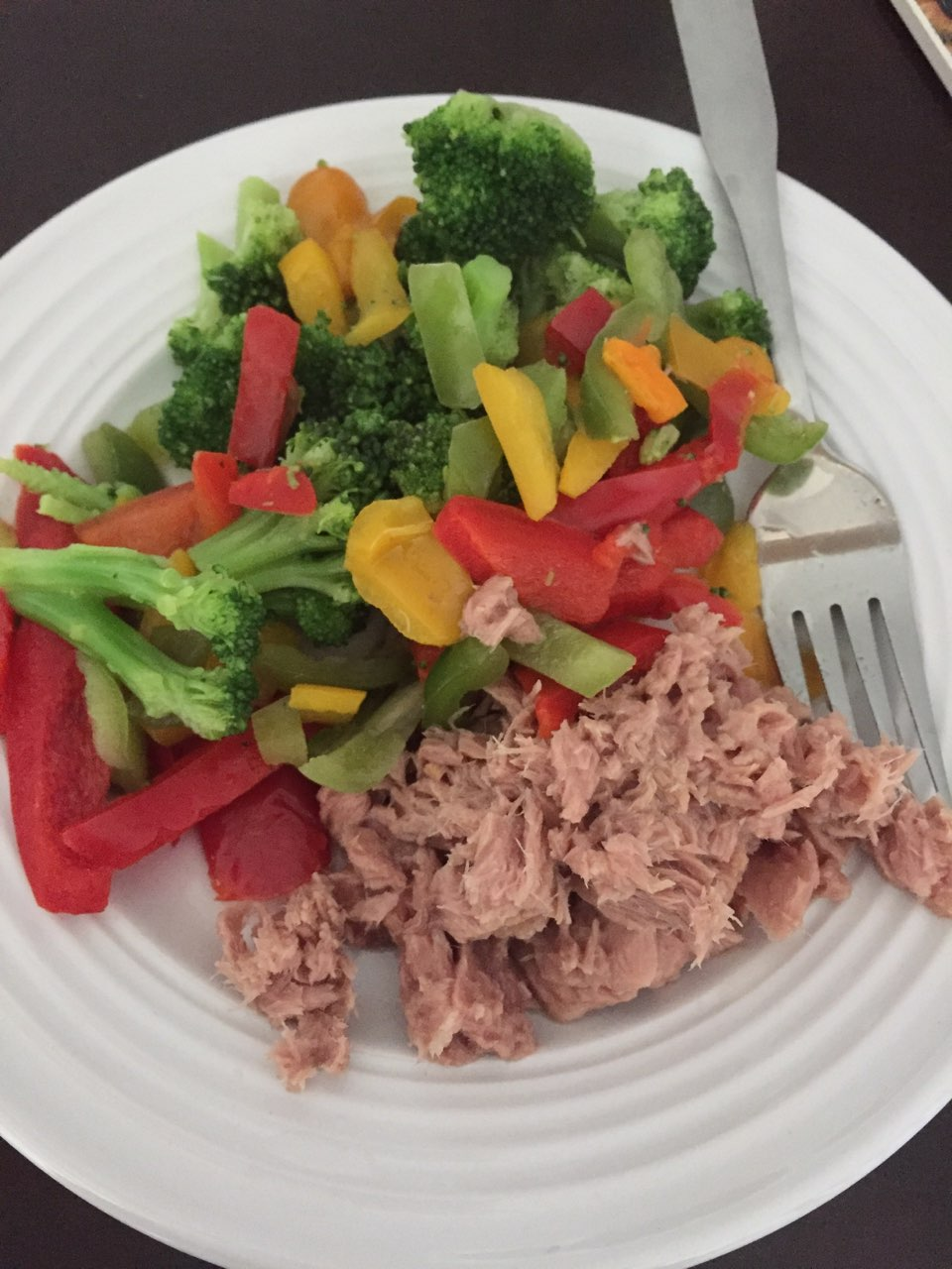Today 39 s lunch serving size can of tuna fish w o mayo or for Serving size of fish
