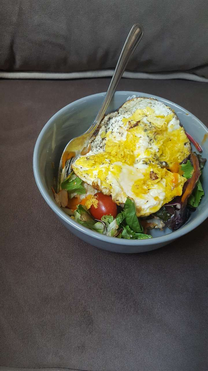 Quick Lunch Egg Salt Pepper Only Salad Light French Dressing