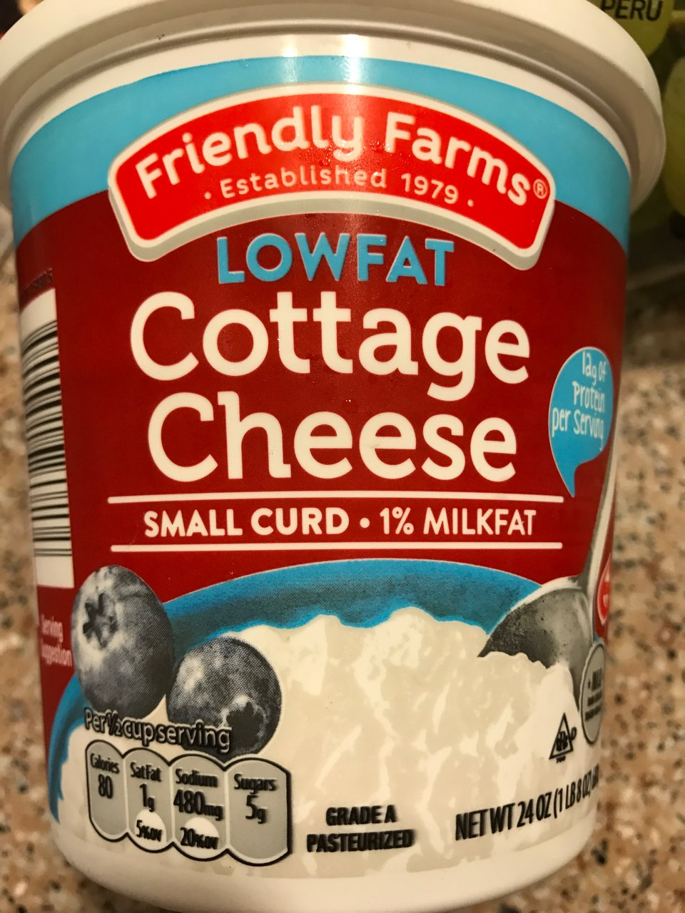 Friendly Farms Cottage Cheese Lowfat Small Curd Calories Nutrition Analysis More Fooducate