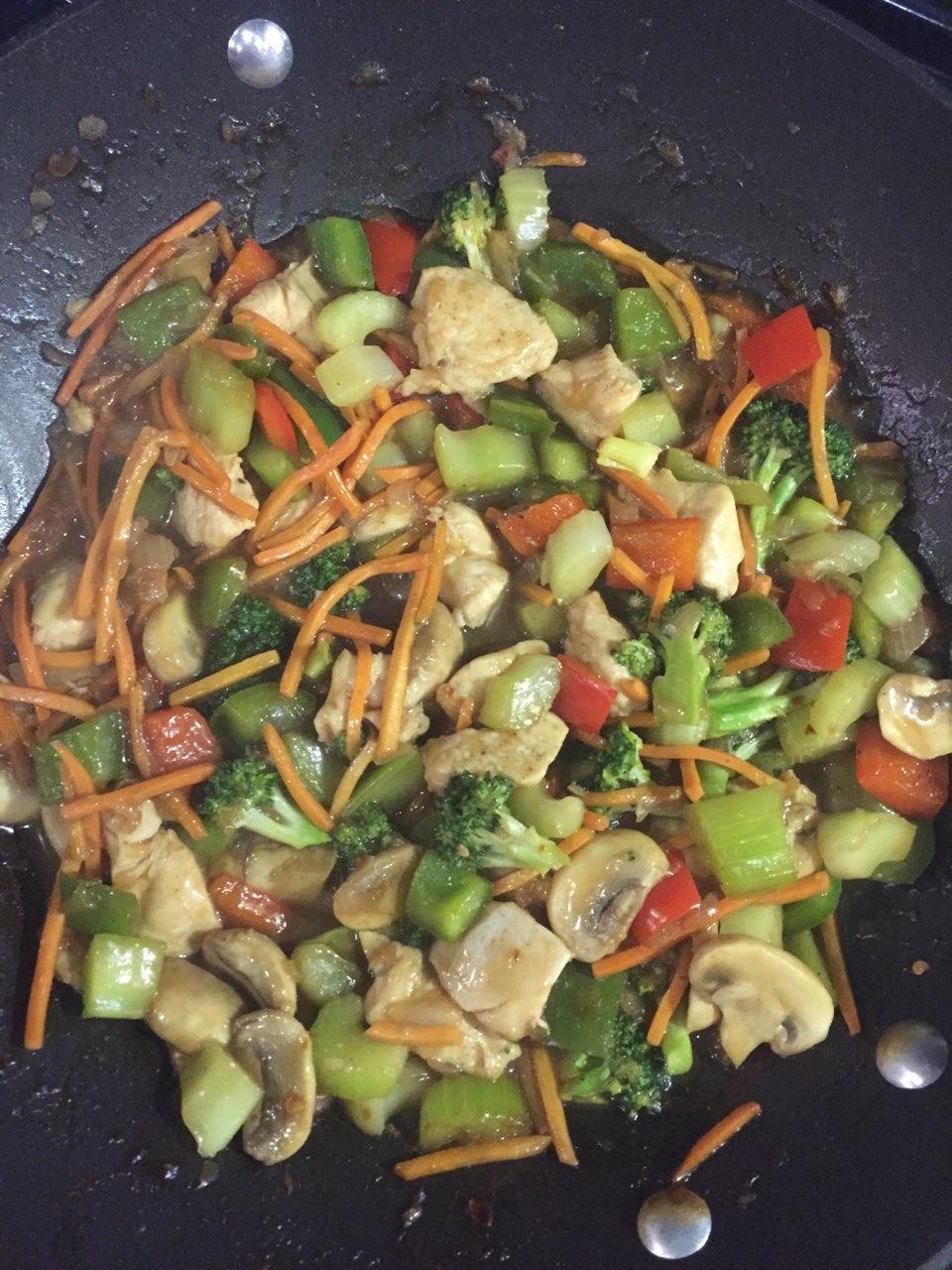 Szechuan Vegetable Chicken Stir Fry-Bill's
