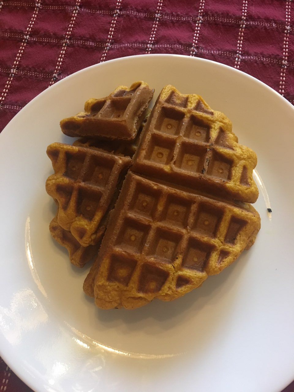 pumpkin waffles: directions, calories, nutrition & more | fooducate